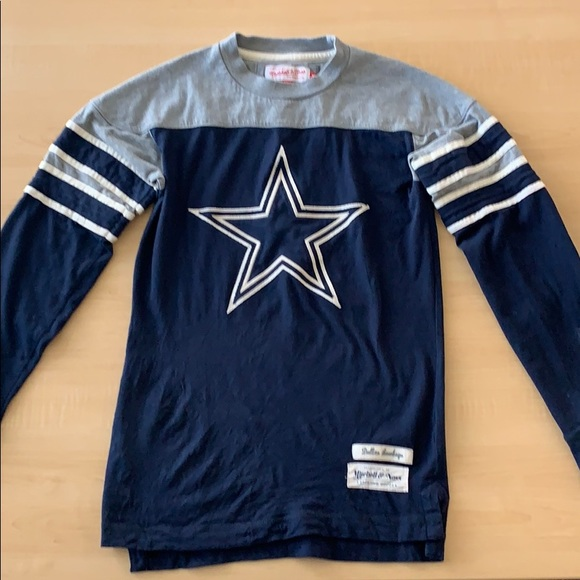 27221bf97 Dallas Cowboys Mitchell   Ness NFL Long Sleeve. M 5c61c9da3e0caa91ac33e77c